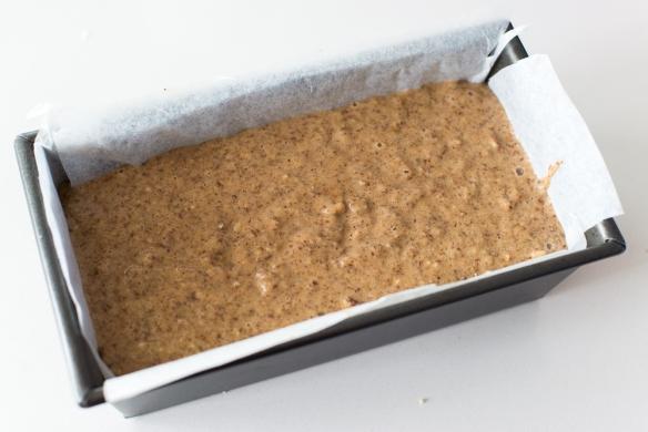 Almond-Date-Cake-Paleo-1