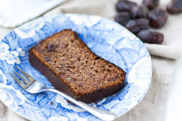 Date-and-Almond-Bread-5